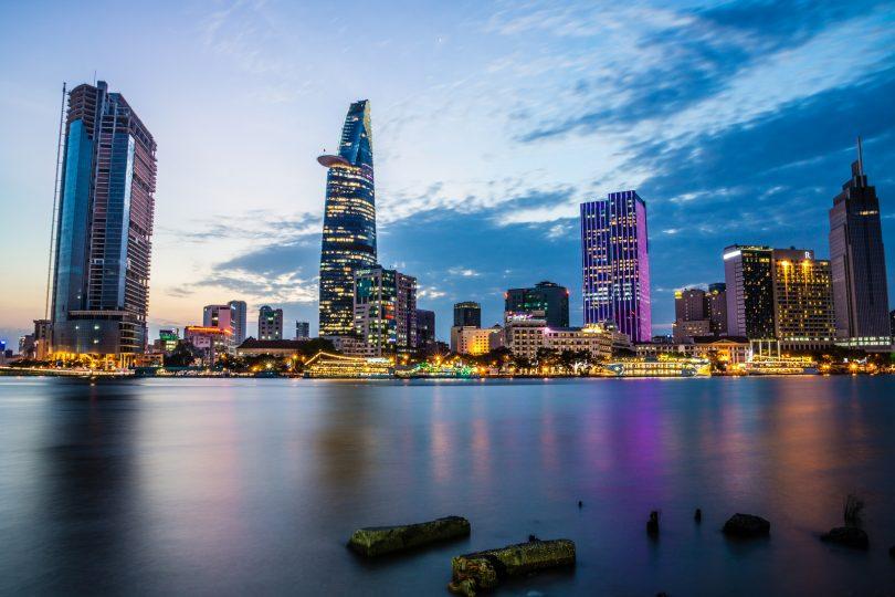 Bài Thơ Chiều Thanh Hà Nhớ Về Sài Gòn ấn tượng nhất của Nguyễn Đình Huân